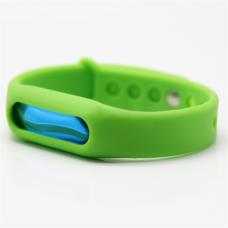 Силиконовый браслет ремешок от комаров и насекомых с капсулой Ball зеленый