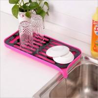 Сушилка посудная со сливным носиком розовая